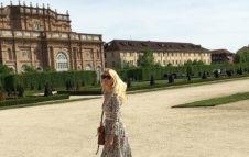"""Claudia Schiffer elogia Torino e i suoi dintorni: """"Una delle più belle location"""""""