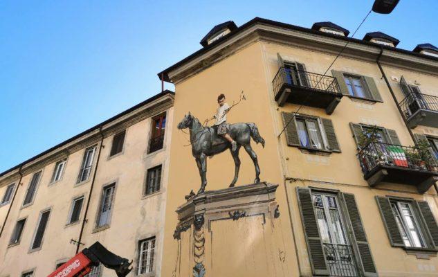 scultura bronzea street art torino