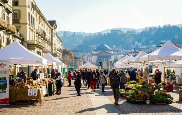 """Agriflor: in Piazza Vittorio l'ultimo """"appuntamento floreale"""" dell'anno"""