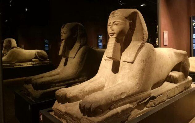Carnevale al Museo Egizio: orario prolungato e un regalo per i visitatori in maschera