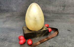 L'Uovo d'Oro di Boella e Sorrisi: a Torino un uovo portafortuna ricoperto di vera polvere dorata