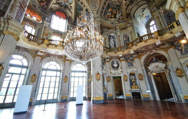 """Lirica a Corte: """"Il Trovatore"""" di Verdi in scena nel Salone d'Onore di Stupinigi"""