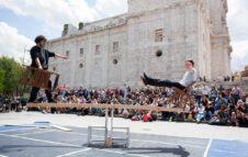 Lunathica 2021: il festival internazionale di teatro di strada