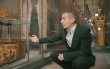 """Al Museo Egizio tornano le """"Passeggiate del Direttore"""" in compagnia di Christian Greco"""
