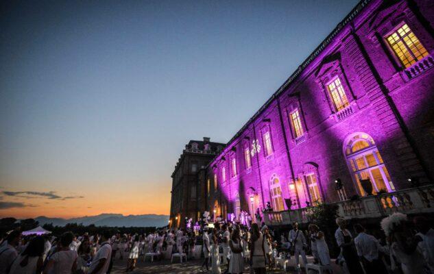 Una Notte alla Reggia di Venaria: musica, arte, fiori e una cena negli incantevoli Giardini